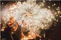 صور| أحمد عصام يضئ سماء مصر بألعابه النارية