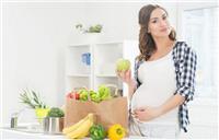 تعرفي على الطريقة الصحيحة للريجيم أثناء الحمل