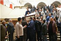 تشيع جثمان الناقد علي أبو شادي.. «صور»