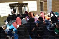 جامعة سوهاج تطلق قافلة طبية بقرية فزازة