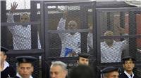 """تأجيل محاكمة بديع وآخرين في أحداث """"قسم العرب"""" لـ١٣ مارس"""