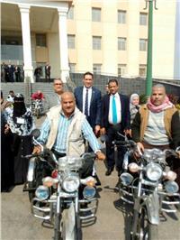 «تضامن الإسكندرية» توزع 25 دراجة بخارية لذوي الإعاقة الحركية