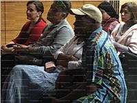 صور| النجم الأمريكي داني جلوفر في زيارة لمستشفى مجدي يعقوب بأسوان