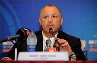 مفاوضات جديدة مع كوبر لتمديد عقده مع المنتخب