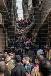 الحماية المدنية تواصل البحث عن سكان عقار منشاة ناصر