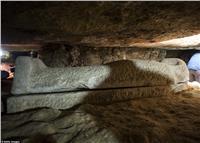 شاهد.. «ديلي ميل» تنشر صور 40 مومياء عثر عليها بالمنيا