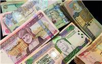 أسعار العملات العربية والدينار الكويتي يتراجع في البنوك