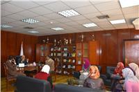 نائب رئيس جامعة السادات يجتمع بمدير المدن لتطبيق معاير الجودة في التعذية