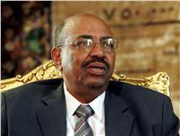 البشير يجري تغييرات واسعة بين قيادات القوات المسلحة السودانية
