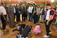 محافظ جنوب سيناء يتفقد الاختبارات الطبية والبدنية للموهوبين