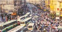 «ماراثون» مواجهة الانفجار السكاني.. يبدأ بـ «100 ألف» مولود