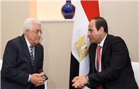 الرئيس الفلسطيني يعزي «السيسي» في ضحايا «قطار البحيرة»