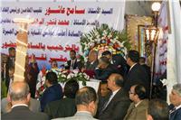 «عاشور»: المشتغلون بالمحاماة 140 ألفا من 600 ألف مقيد بالنقابة