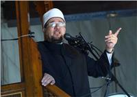 فيديو  وزير الأوقاف يبرز «مخاطر الإدمان » بخطبة الجمعة