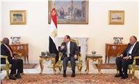 السيسي : مصر حريصة علي تعزيز علاقاتها الوثيقة مع أشقائها الأفارقة