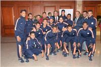 وزير الشباب يلتقي اللاعبين المشاركين بدوري «الصم والبكم»