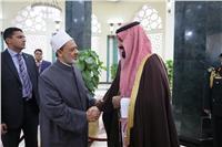 صور وفيديو| لقاء شيخ الأزهر وولي العهد السعودي.. «التفاصيل الكاملة»