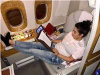 رغم الحكم بحبسها 6 أشهر.. شيرين عبد الوهاب في طريقها إلى دبي