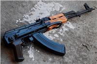 ضبط 11 سلاحا ناريا وأبيض و17 قضية مخدرات بالجيزة