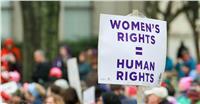في اليوم العالمي للمرأة| نساء منسيات.. حروب تسلبهن حقوقهن