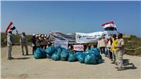 حملة لتنظيف منطقة أشجار المانجروف بالقلعان جنوب مرسى علم