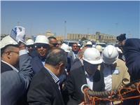 وزير البترول يستقبل سفينة تنقيب صينية بسفاجا.. «صور»