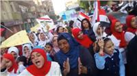 مسيرة طلابية تجوب شوارع المنيا لحث المواطنين للمشاركة فى الانتخابات