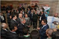 وزير الشباب ومحافظ الإسكندرية يتفقدان معرض المبتكرات
