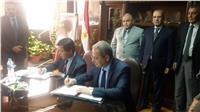 «الكهرباء» توقع عقد المواسير الحرجة والبلوف لمحطتى غرب القاهرة وأسيوط