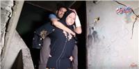 فيديو|«جوليت المرج» وزوجها القعيد.. قصة حب حملا على الأكتاف