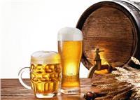 تخلصي من تساقط الشعر بـ «البيرة»