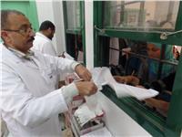 الكشف علي 1333 مواطن بقافلة علاجية بقرية الجهاد بالمنيا