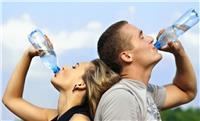 شرب الماء لتفادي آلام العضلات عقب ممارسة الرياضة