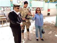 «مصر تنتخب»| نبيلة عبيد تدلي بصوتها في الانتخابات الرئاسية