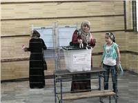 مصر تنتخب| إقبال كثيف من النساء بلجنة جمال عبد الناصر في المرج