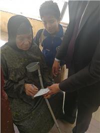 مصر تنتخب| مسنة: «انتخبت السيسي علشان عملي معاش»