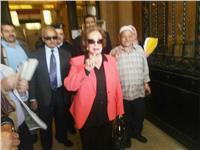 مصر تنتخب  جيهان السادات: نسير علي الطريق الصحيح