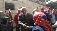 مصر تنتخب| سيدة لمحلب: سلم على «السيسي» ..فيديو