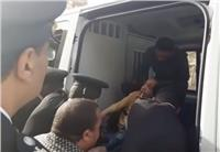 فيديو.. الشرطة تنقل طفل من ذوي الاحتياجات الخاصة أثناء تأمين الانتخابات