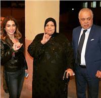 مصر تنتخب| روجينا وأشرف زكي يدليان بصوتهما الانتخابي.. «صور»