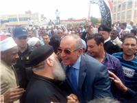 محافظ البحر الأحمر يتفقد اللجان الانتخابية بسفاجا