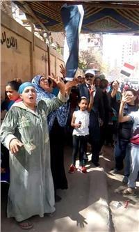 مصر تنتخب| زغاريد وأغاني وطنية أمام لجان المرج