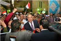 بالصور..وزير التنمية المحلية يتفقد اللجان الانتخابية بالجيزة