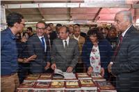 وزير الثقافة ومحافظ الإسكندرية يفتتحان معرض الإسكندرية للكتاب