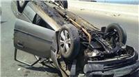 انقلاب سيارة ملاكي أعلى كوبري الساحل وإصابة 3 أشخاص