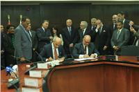 وزير النقل يشهد مراسم توقيع عقد إدارة وتسيير خط النقل السياحي «أسوان/ حلفا»