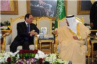 الرئاسة: خادم الحرمين أكد للسيسي حرص المملكة على تعزيز علاقات الأخوة بين البلدين