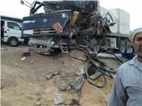صور| مصرع 5 أشخاص وإصابة 9 في حادث تصادم بالقطامية
