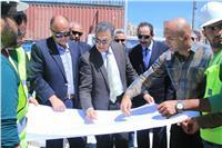 وزير النقل يتابع إنشاء جراج متعدد الطوابق بميناء الإسكندرية