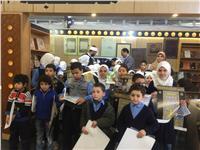 طلاب من سوريا ونيجيريا وقيرغستان يزورون جناح الأزهر بمعرض الإسكندرية للكتاب